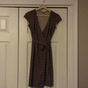 Ann Taylor LOFT brown/gold chain pattern dress